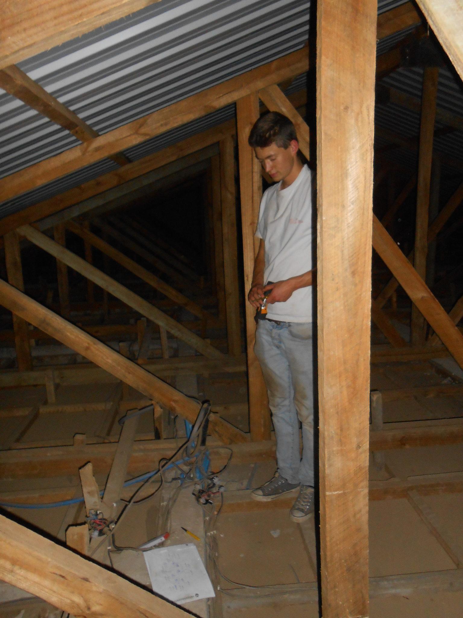 In het dak van de children ward