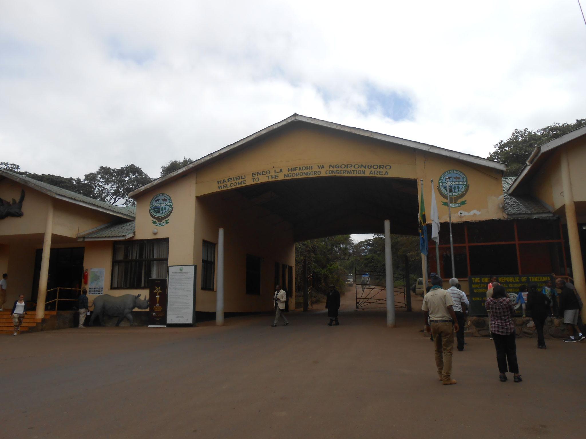 Aan de gate van Ngorongoro Conservation Area