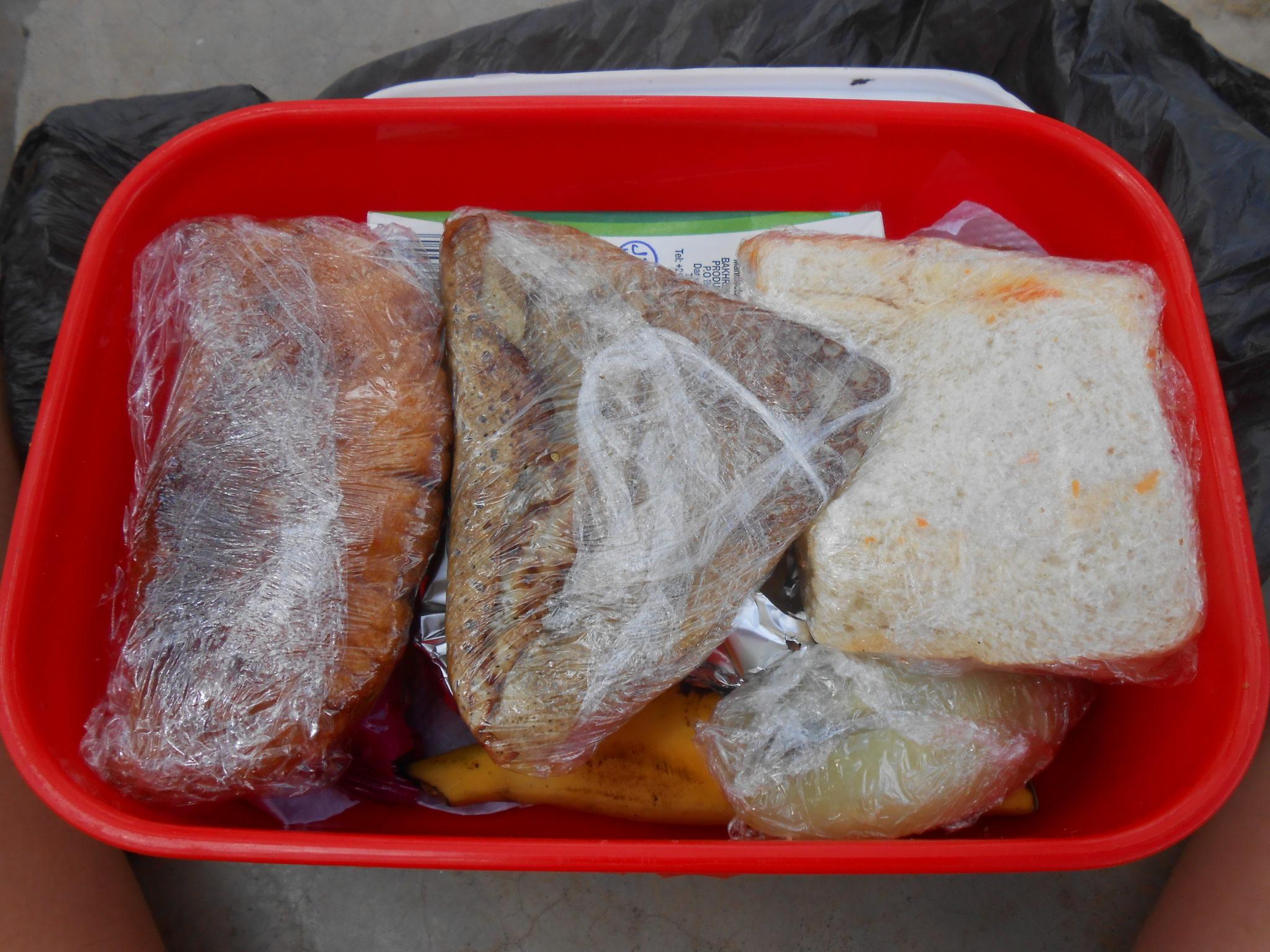Onze volle lunchboxes van de hand van kok Jamal